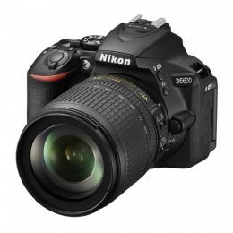 Nikon D5600 + 18-105mm