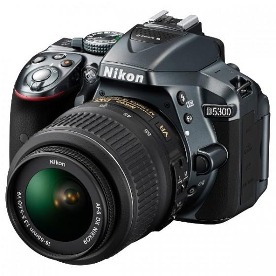Nikon D5300 + 18-55mm VR + torba + 16GB kartica