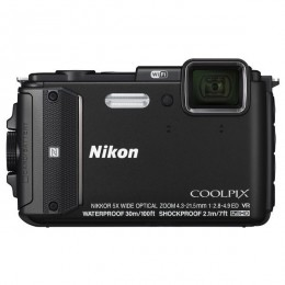 Nikon CoolPix AW130 Crni + Outdoor SET